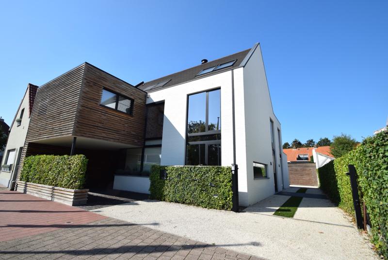te koop huis Knokke Graaf Jansdijk Immo Knokke Real Estate architectuur hedendaags