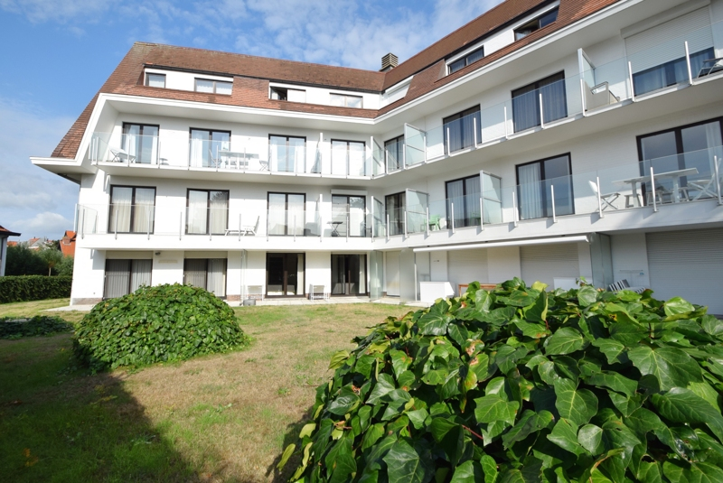 Tuinappartement te koop bij Immo Knokke Real Estate Kustlaan 275
