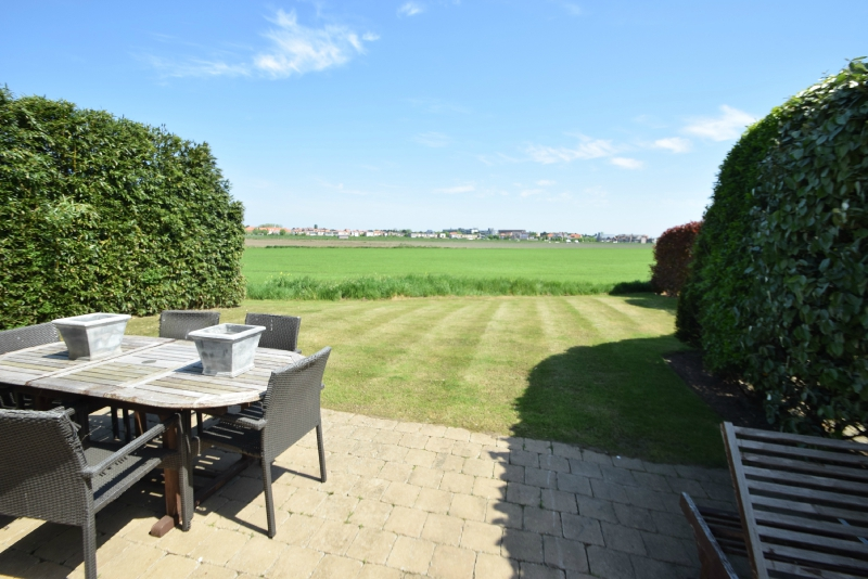 te koop huis zicht polders Knokke Real Estate