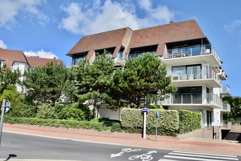 Te Koop appartement East Bay Knokke Real Estate Kustlaan Zeedijk