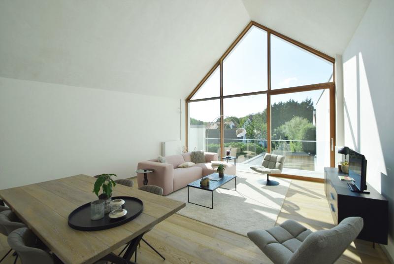 Woning Clos Des Arts Oosthoekplein 4 te koop bij Knokke Real Estate, leefruimte