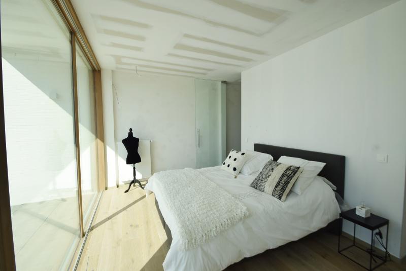 Woning Clos Des Arts Oosthoekplein 4 te koop bij Knokke Real Estate, slaapkamer 1