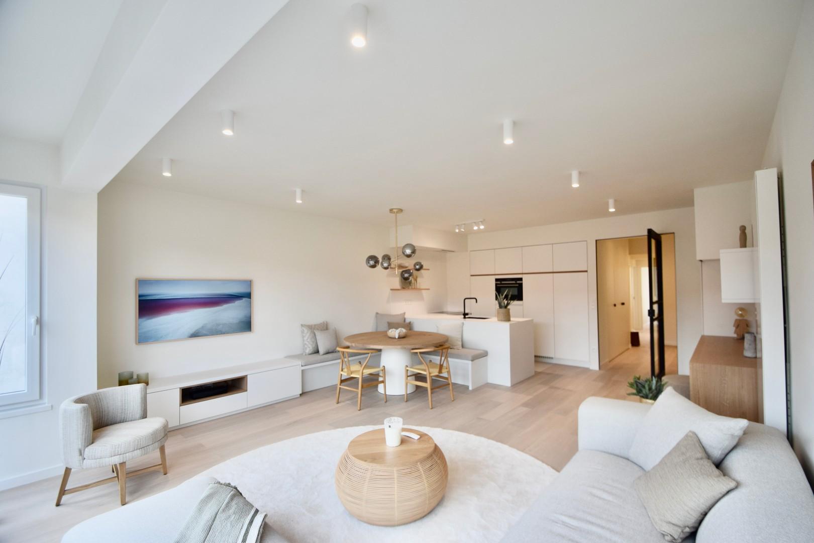 Te koop gerenoveerd appartement Knokke Real Estate