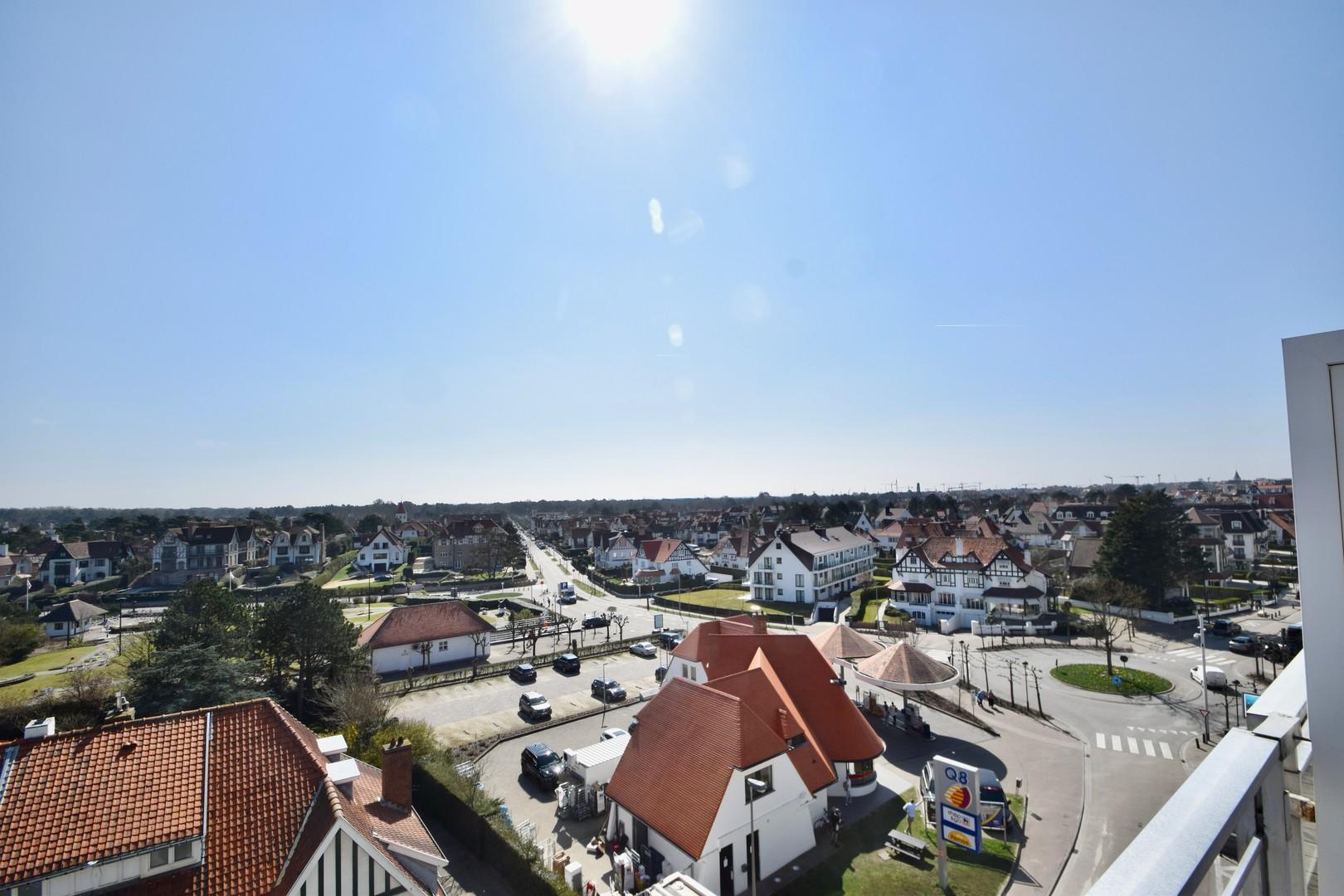 Te koop bij Knokke Real Estate Kustlaan en Approach