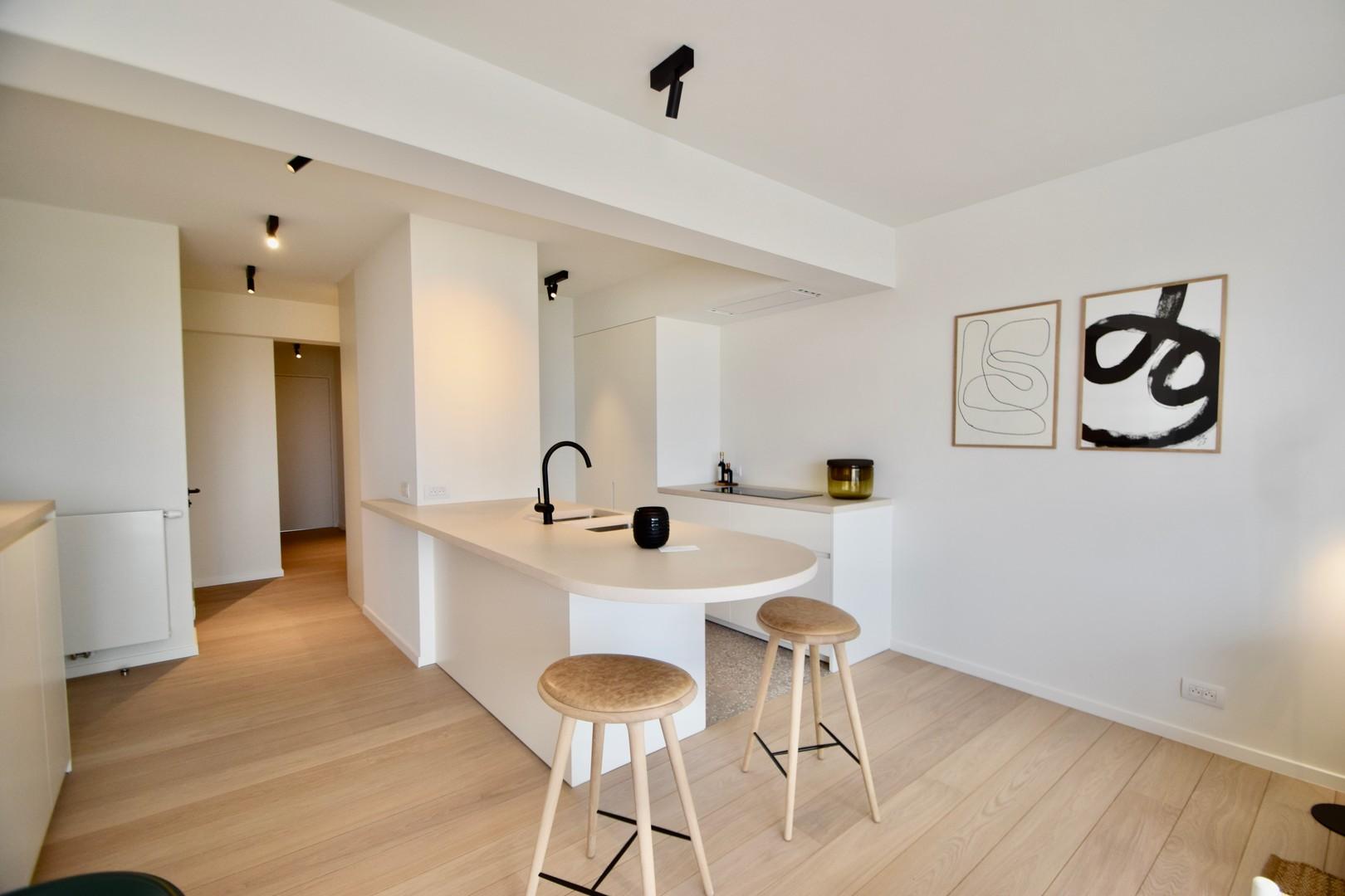 appartement Te koop bij Knokke Real Estate met zicht op de Kustlaan en Approach