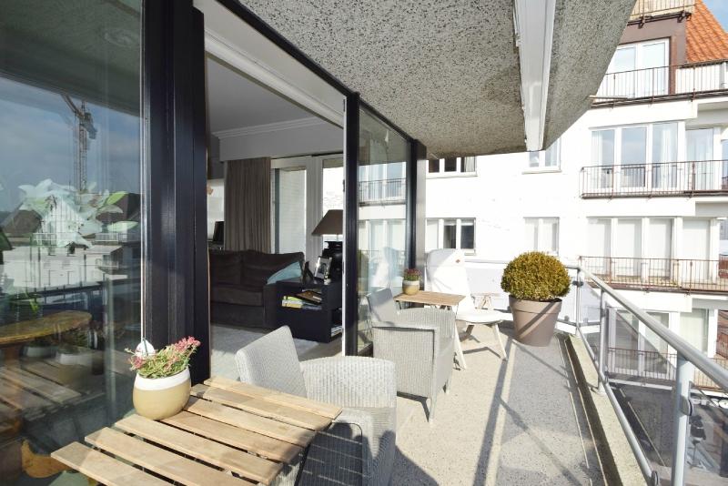 te huur subliem gelegen appartement met zonneterras