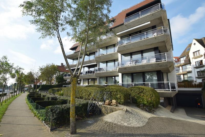 te huur subliem gelegen appartement met zonneterras Immo Knokke Real Estate vastgoed