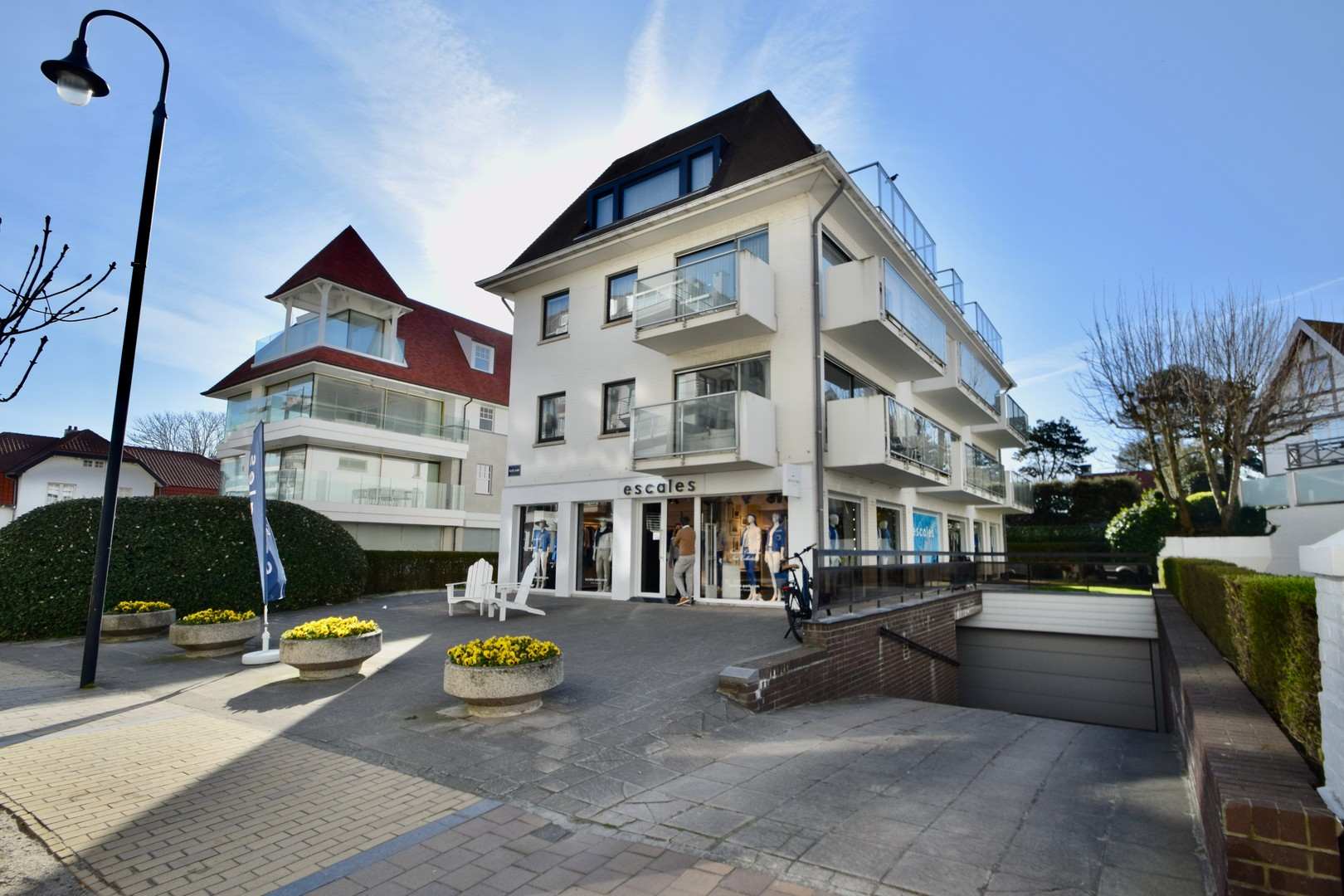 Garage te koop Kustlaan Knokke Real Estate